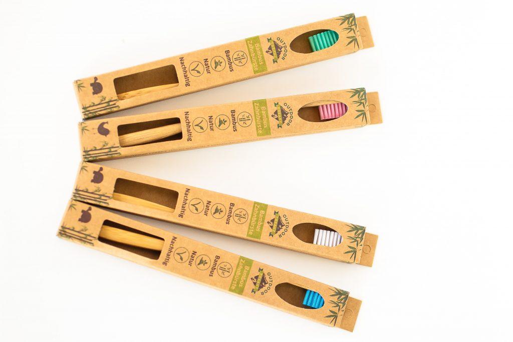 vegane Bambus Zahnbürste aus 100% ökologischem Bambusholz